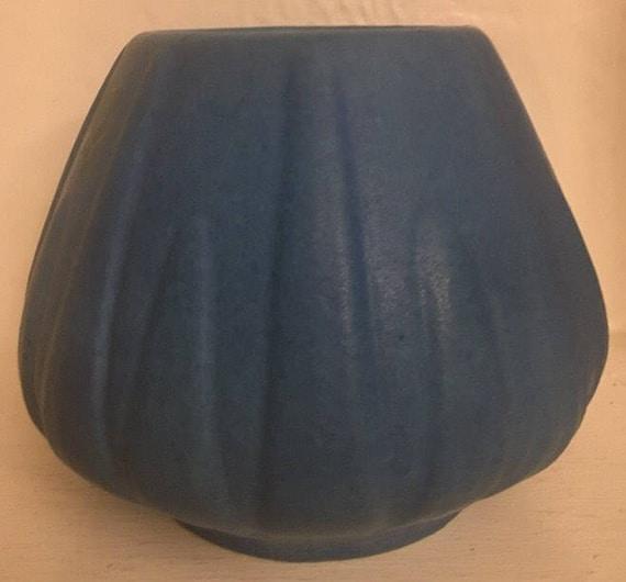 Van Briggle Pottery Beautiful Turquoise 1930s Yucca Vase