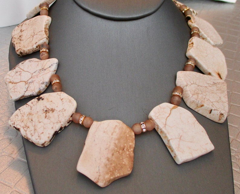 wholesale White Turquoise Slab Collar Necklace with druzy and rhinestone spacer beads