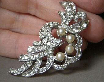 Vintage Hobe Rhinestone Pin, Clear Rhinestone Leaf Brooch, Faux Pearl, Sparkling Hobe Jewelry