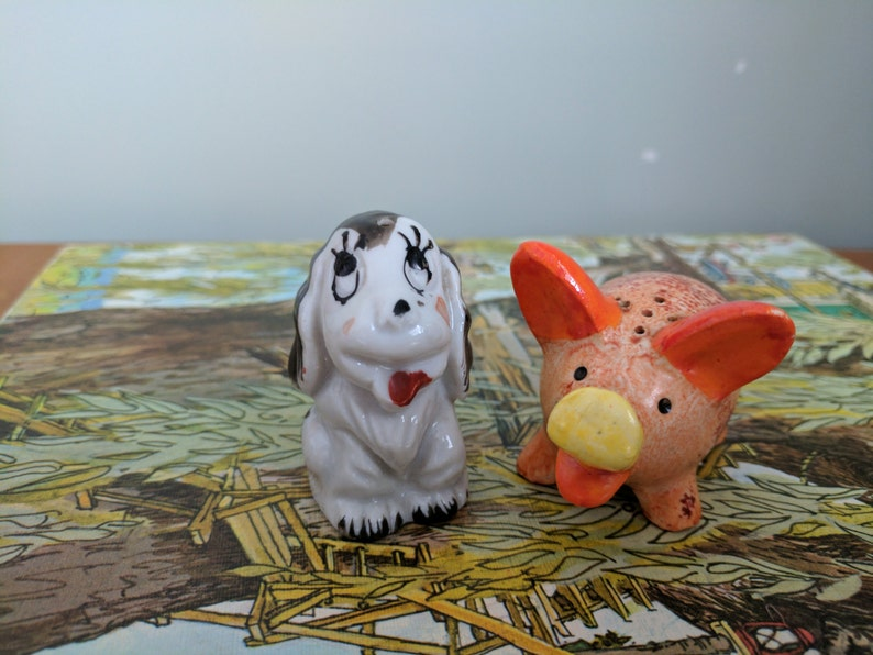 Puppy Spices 2 Inches Tall Made in Occupied Japan Pig and Dog Salt and Pepper Shakers Orange PIg