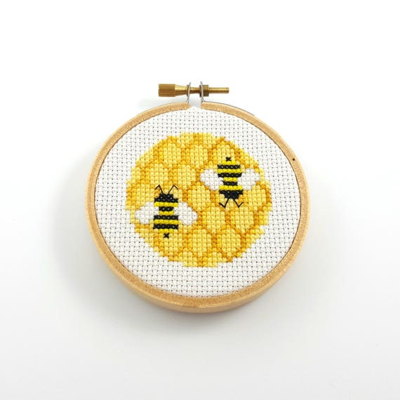 Honeycomb And Bee Cross Stitch Pattern Bee Pdf Pattern Bee Etsy New Bee Pattern
