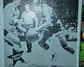 1975 Sports Star Biography Book Walt Frazier Basketball