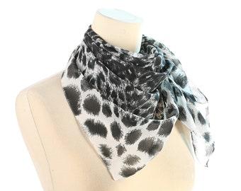 Leopard muffler | Etsy
