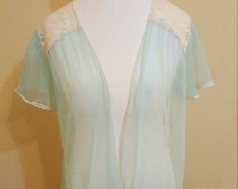 1970s sheer robe size Medium/Large/XL