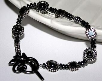 Hematite Gemstone Bracelet Tierra Cast Bead Frames Gun Metal Toggle Clasp For Her