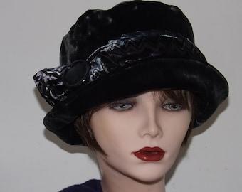 ce767c2007445 Ladies Grey Velvet Hat