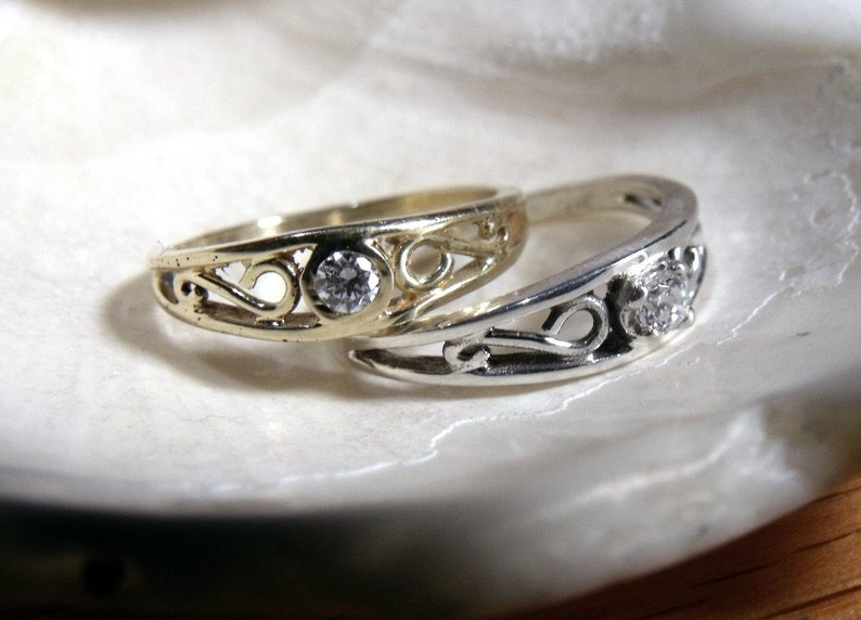 The Crow Ring in 14K  White or Yellow Gold and Diamond RF180d image 0