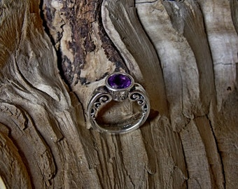 RF789 Sterling Silver Ring with Amethyst Stone