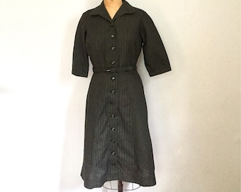 1950s Cotton Print Shirtwaist House Dress ~ Med-Large ~ Vintage Dress ~ Dark Green ~ Free Domestic Shipping ~ June Cleaver ~ Housewife