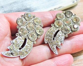 VINTAGE SHOE CLIPS Costume Jewelry Clear Chaton Rhinestone Crystal Diamond Imitation Estate Clips Mid Century Hollywood Regency Accessory