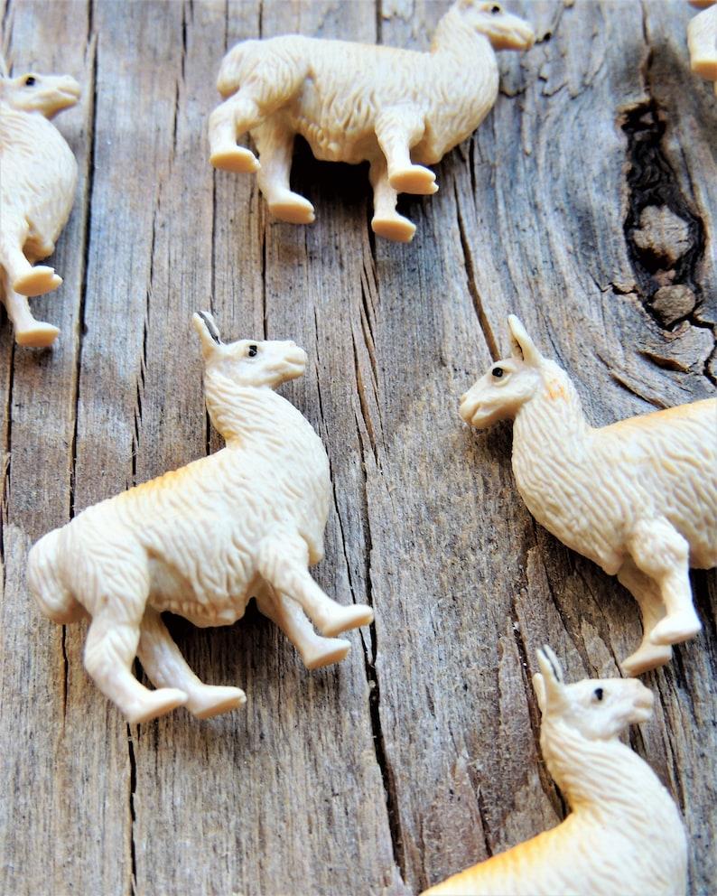 MINIATURE ANIMALS LLAMAS Micro Mini Farm Animal Figure Doll House Diorama  Terrarium Supplies Small Tiny Miniatures For Fairy Garden Bulk
