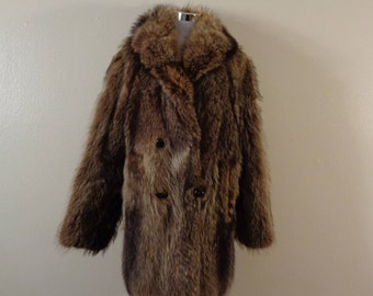 50s/60s LaFlamme Fourrrure Plush Raccoon Fur Double Breasted Fur Coat