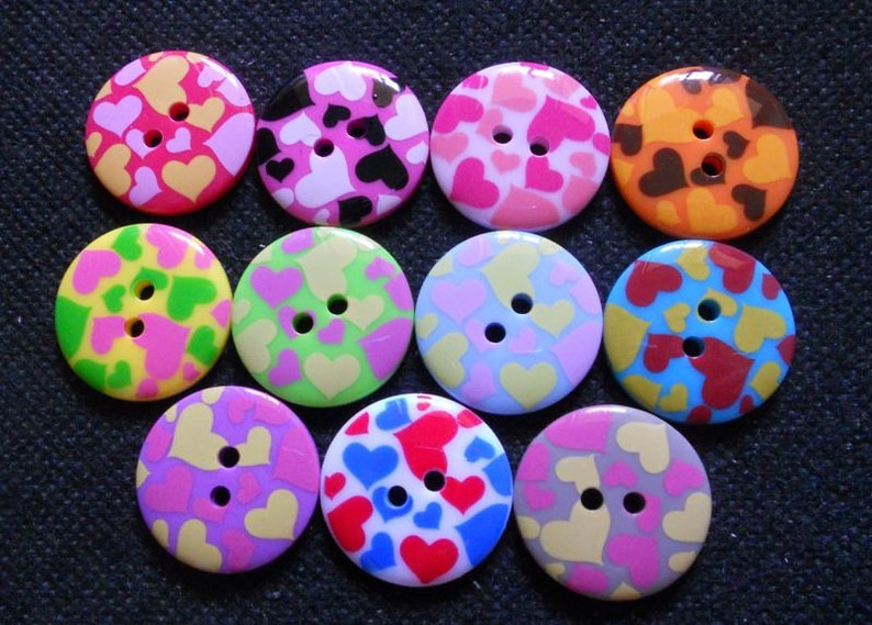 9 Rainbow Swirl Patterned Buttons Size 15mm