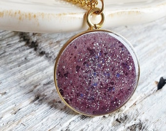 Purple Resin Pendant Necklace, Glitter Necklace, Boho Necklace, Long Necklace, Resin Jewelry, Pendant Necklace, Minimalist Necklace
