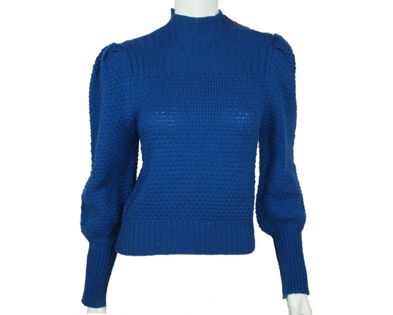 Vintage Hand Knit Ladies Pullover Sweater Blue Woo