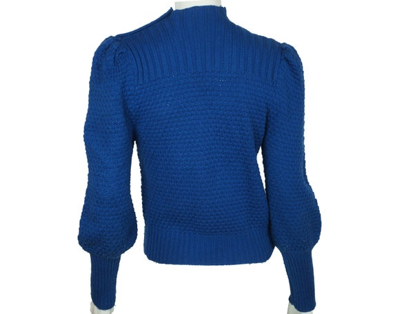 Vintage Hand Knit Ladies Pullover Sweater Blue Wo… - image 3