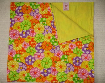 SALE!!  Blanket-Bright Pink Lemon Yellow Lime Green Tangerine Orange Purple Parasols w/Lemon Yellow Flannel Back