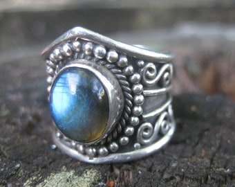 sterling silver mystical labradorite FOREST DREAMING bohemian ring