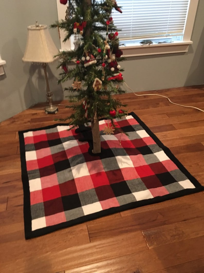 Square Buffalo Plaid Christmas Treeskirt