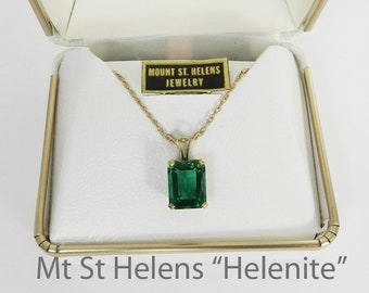 Vintage Emerald Cut Necklace In Gold Mt St Helens Green Obsidianite Helenite