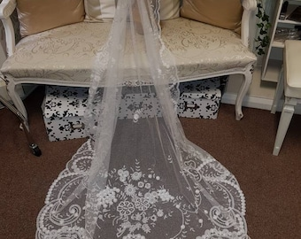Beautiful Antique Brussels Princess Lace Wedding Bridal Veil