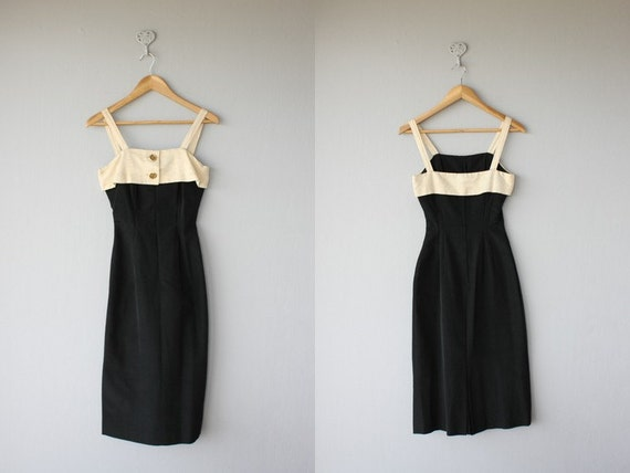 1950s dress | 50s wiggle dress | 1950s pinup dress