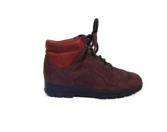 Vintage 90s Distressed Russet Brown Nubuk Leather Waterproof Lace Up Hi Top Hiking Boots women 6.5 7 rustic DEXTER camping grunge hip hop