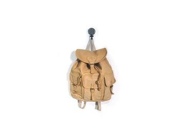 Vintage 80s/90s CAMEL Cigarette Tan Leather Drawstring Backpack travel bag 3-pocket bucket bag unisex multipocket backpack indie hipster