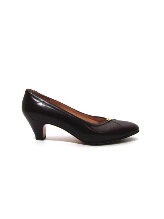 84e82b786cf7 Vintage 80s Chocolate Brown Leather Ferragamo High Heel Oxford