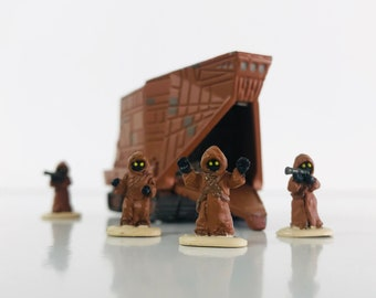 1996 Star Wars Die Cast Jawa Sandcrawler with 4 Miniature Figures, Vintage Starwars Gifts, Micro Machines Vehicle Playset Display