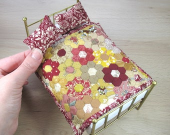 Dollhouse Miniature Patchwork Single Quilt and Pillows in 12th Scale - Autumn Flowers