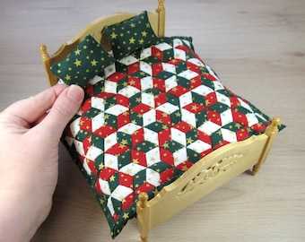 Dollhouse Miniature Patchwork Quilt and Pillows in 12th Scale - Christmas Diamonds