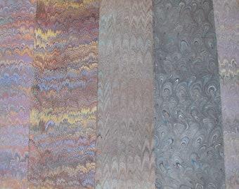 Carta marmorizzata a mano 5 Italia, carta marmorizzata, cm 50 X 70 , legatoria, - A035