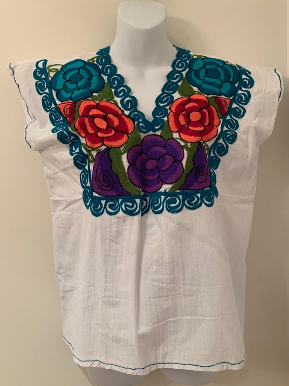 Frieda Kahlo Fiesta Mexican Shirt Boho Peasant Blouse Vintage Off the Shoulder Flower Embroidered White Blouse Lace Collar Blouse