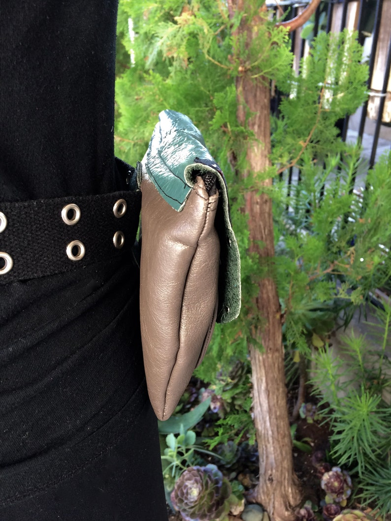 Fanny Pack  Belt Purse  Clutch In Gray /& Teal Leather With Full Zipper Closure