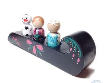 peg dolls - frozen-inspired peg doll trio + sled set
