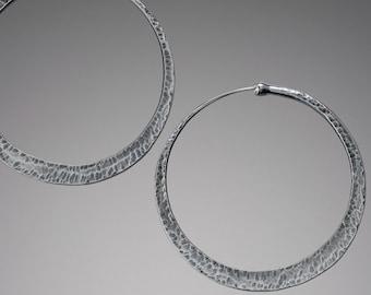 Rustic Hammered Silver Hoop Earrings // Tribal Sterling Silver Hoops // Large Silver Pirate Hoops // Cross Peen Texture Hoops // Lothy