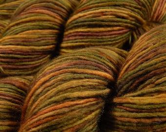 Hand Dyed Yarn, DK Weight Superwash Merino Wool Singles Yarn - Antique Brass - Indie Dyed Knitting Yarn, Wool Yarn, Single Ply Yarn, Gold