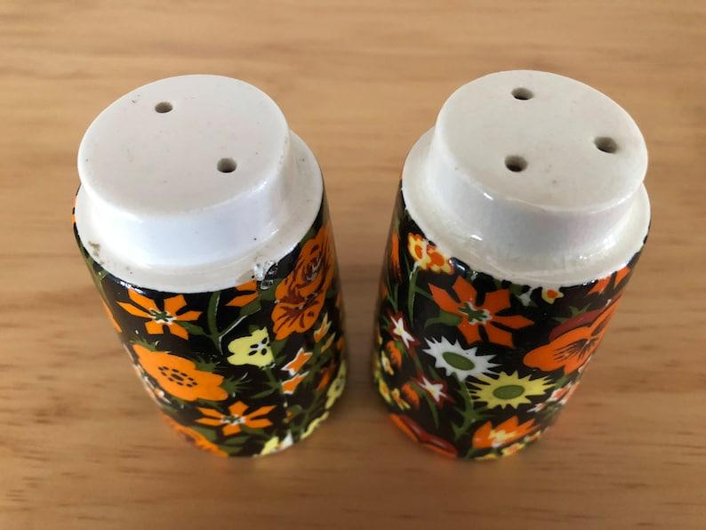 Napcoware Import Japan Beautiful Vintage Floral Salt and Pepper Shakers