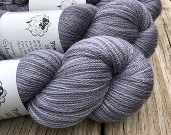 Ghost Ship | Silk Treasures Lace Yarn | charcoal gray | 875 yards