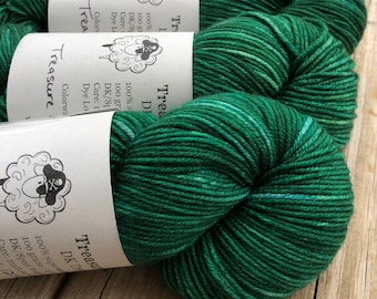 Treasure of the Emerald Isle, DK Treasures Yarn, 100% swm