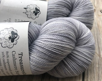Pieces of Eight, Cashmere Super Toes Sock Yarn, 80/10/10 swm/nylon/cashmere, 600 yards