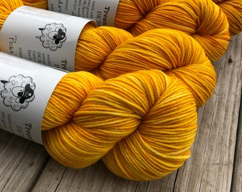 Poseidon's Trident | DK Treasures Yarn | goldenrod yellow