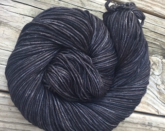 Gunpowder Gray Black Hand Dyed Worsted Weight Yarn 218 yards Superwash Merino Wool treasure goddess swm lilac charcoal ready to ship yarn