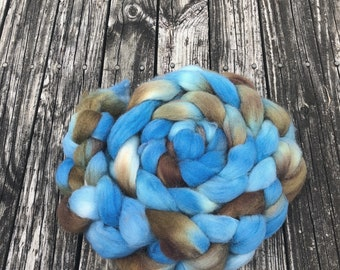 Got the Blues Hand Dyed Wool combed top spinning fiber 8 oz spinning fibre baby blue wool soft brown roving