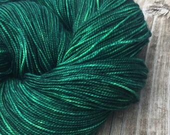 hand dyed sock yarn Treasure of the Emerald Isle Shawl Length Skein Superwash Merino Cashmere Nylon MCN 600 yards green ready to ship yarn
