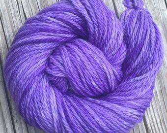 Hand Dyed Bulky Yarn Avast ye Wildcats purple yarn 100% superwash merino wool 106 yards lavender bulky weight yarn lilac EMAW KSU k state