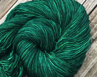 Hand Dyed Sock Weight Yarn Emerald Green Sock Yarn Treasured Toes superwash merino 463 yards kelly green fingering semisolid forest green
