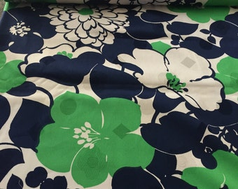 50s Woven Damask//Vintage 60s //Lrg Hibiscus, Chrysanthemums POP//Kelly Green and Midnight Blue Flowers On White Ground//Allover//All Cotton