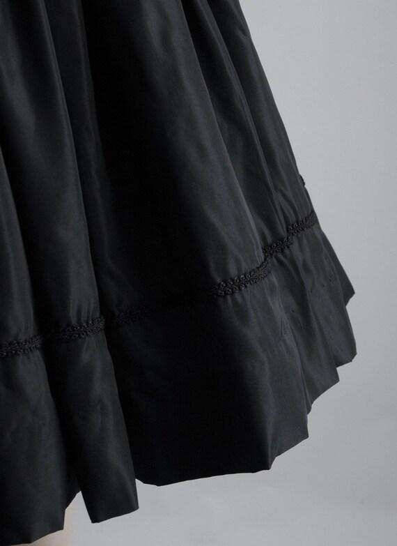 1950s Gigi Young black velvet + taffeta ruffle dr… - image 6